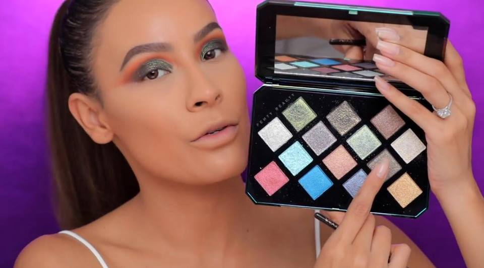 Desi Perkins shows the Galaxy Eyeshadow Palette (open)