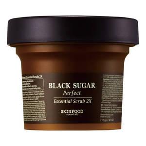 SKIN FOOD BLACK SUGAR Peferct - 4 in 1 per esfoliare + migliorare la struttura della pelle + idratare + rendere la pelle chiara