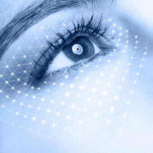 Un contorno occhi idratato vi aiutera' anche a stendere meglio il correttore !