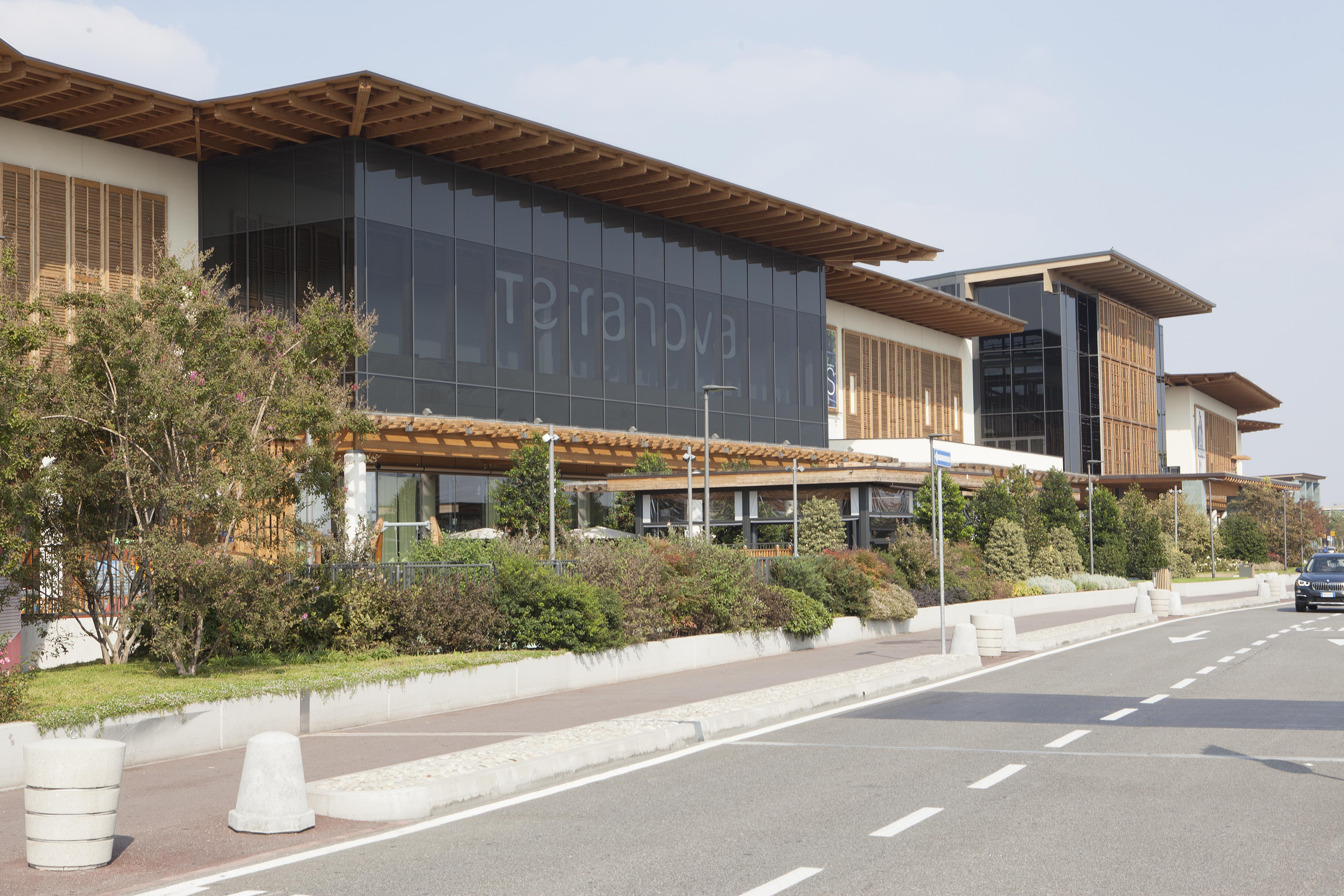 Il Centro di Arese è stato progettato dall'architetto De Lucchi