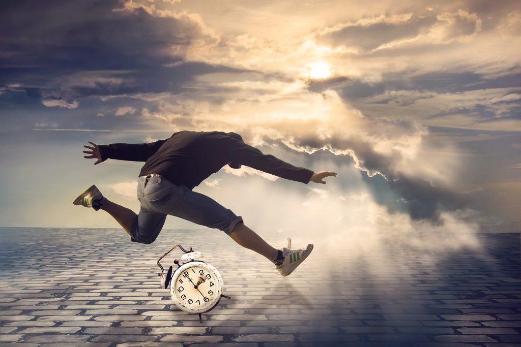 Trasformare la propria vita semplicemente puntando la sveglia davvero presto al mattino ?